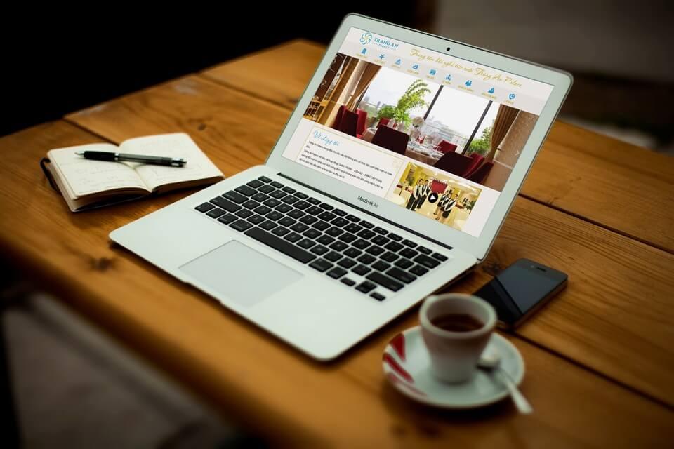 Web nhà hàng, dịch vụ, spa